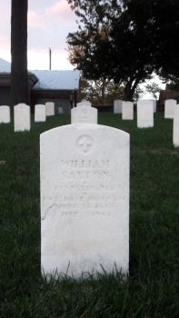 Click for Find-A-Grave Memorial: William Saxton